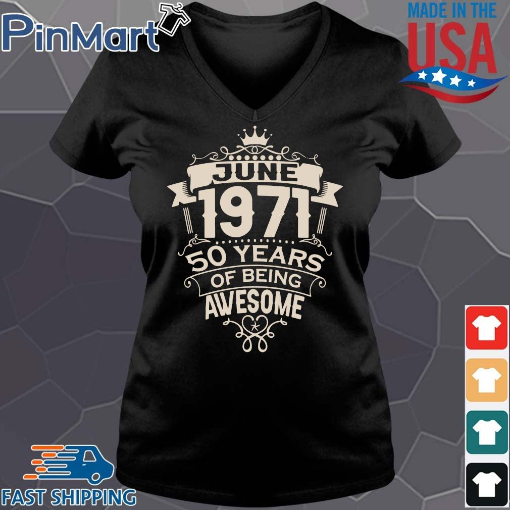 June 1971 50 years of being awesome s Vneck den