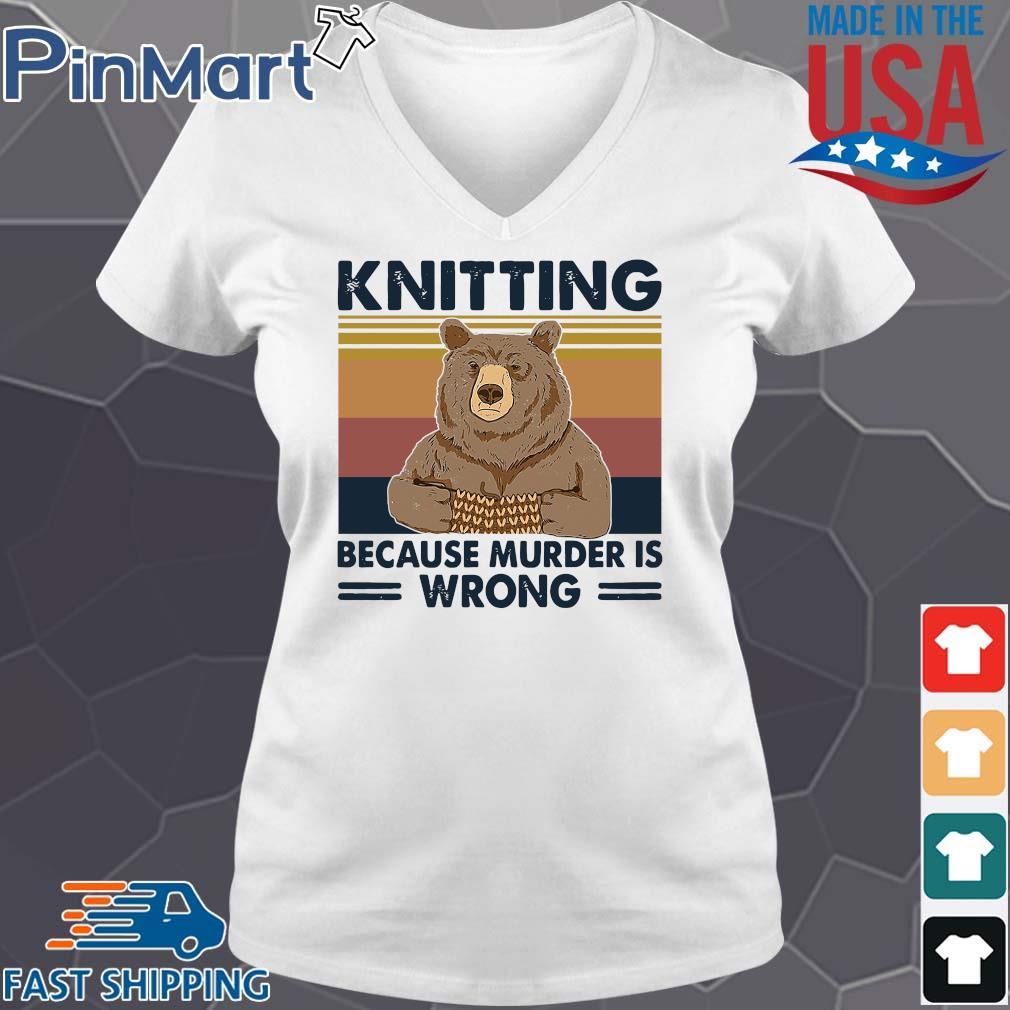 Bear knitting because murder is wrong vintage s V-neck trang